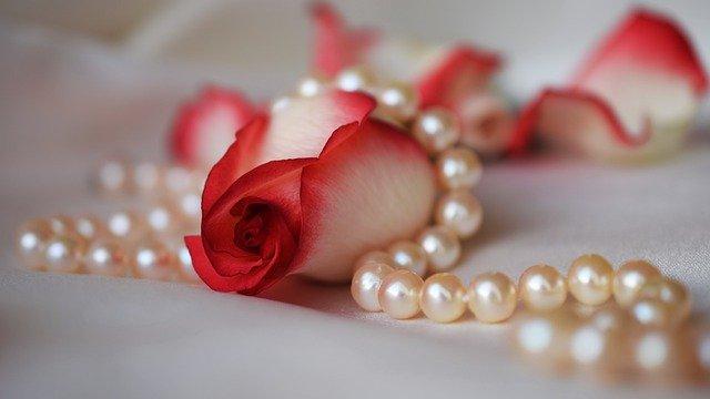 jak rozpoznać prawdziwe perły